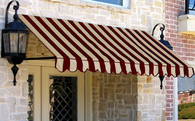http://www.mohanawnings.com/wp-content/uploads/2016/10/Window-Awnings.jpg